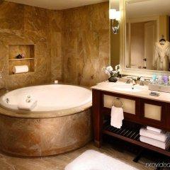 Отель Conrad Macao Cotai Central ванная фото 2