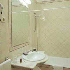 Отель Turim Estrela do Vau Hotel Португалия, Портимао - отзывы, цены и фото номеров - забронировать отель Turim Estrela do Vau Hotel онлайн ванная
