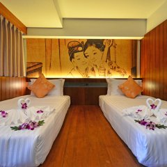 Отель Lap Roi Karon Beachfront фото 17