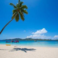 Отель Plantation Island Resort Фиджи, Остров Малоло-Лайлай - отзывы, цены и фото номеров - забронировать отель Plantation Island Resort онлайн пляж
