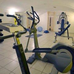 Hotel Emonec фитнесс-зал