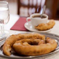 Отель Virgen de los Reyes Испания, Севилья - 2 отзыва об отеле, цены и фото номеров - забронировать отель Virgen de los Reyes онлайн питание фото 2