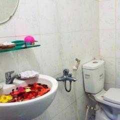 Отель Plum Tree Homestay Вьетнам, Хойан - отзывы, цены и фото номеров - забронировать отель Plum Tree Homestay онлайн ванная