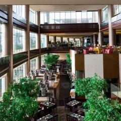 Отель Xiamen International Conference Hotel Китай, Сямынь - отзывы, цены и фото номеров - забронировать отель Xiamen International Conference Hotel онлайн бассейн фото 2