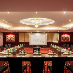 Отель Coral Dubai Deira Hotel ОАЭ, Дубай - 2 отзыва об отеле, цены и фото номеров - забронировать отель Coral Dubai Deira Hotel онлайн помещение для мероприятий фото 2