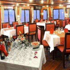 Отель Marguerite Cruises Вьетнам, Халонг - отзывы, цены и фото номеров - забронировать отель Marguerite Cruises онлайн питание фото 3