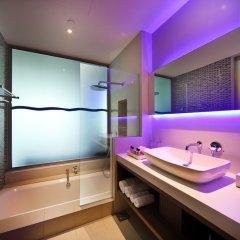 Отель One15 Marina Club Сингапур ванная фото 4