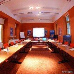 Отель Ea Embassy Прага гостиничный бар