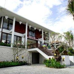 Отель Vinh Hung Emerald Resort Хойан парковка