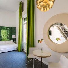 Отель Room Mate Laura Испания, Мадрид - отзывы, цены и фото номеров - забронировать отель Room Mate Laura онлайн ванная фото 2