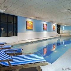 Отель Novotel London Stansted Airport бассейн фото 2