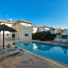 Отель Jason 8 Villa Кипр, Протарас - отзывы, цены и фото номеров - забронировать отель Jason 8 Villa онлайн бассейн