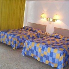 Отель Caleta Beach Resort Мексика, Акапулько - отзывы, цены и фото номеров - забронировать отель Caleta Beach Resort онлайн комната для гостей