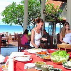 Отель Royal Lanta Resort & Spa питание фото 2