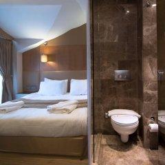 Отель GK Regency Suites ванная