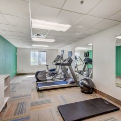 Holiday Inn Express Hotel & Suites Greenville Airport фитнесс-зал фото 3