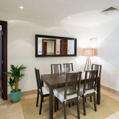 Отель One Perfect Stay - 2BR at Zanzabeel 3 комната для гостей