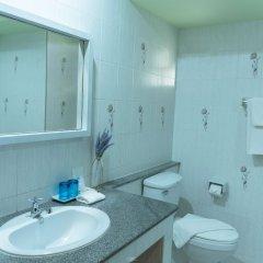 Отель Baan Suan Place Таиланд, Пхукет - отзывы, цены и фото номеров - забронировать отель Baan Suan Place онлайн ванная