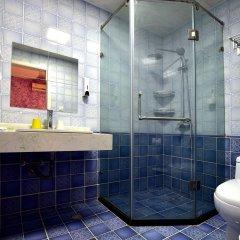 Отель Shanghai Old West Gate Hostel Китай, Шанхай - 1 отзыв об отеле, цены и фото номеров - забронировать отель Shanghai Old West Gate Hostel онлайн ванная