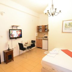 Апартаменты Loui M Apartments Хайфа комната для гостей фото 5