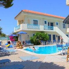 Tsalos Beach Hotel бассейн