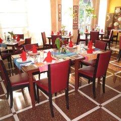 Отель Le Vieux Nice Inn Мальдивы, Северный атолл Мале - отзывы, цены и фото номеров - забронировать отель Le Vieux Nice Inn онлайн питание