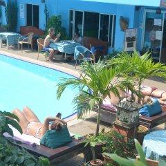 Отель Sananwan Palace бассейн