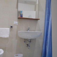 Отель Caneva Италия, Венеция - 1 отзыв об отеле, цены и фото номеров - забронировать отель Caneva онлайн ванная фото 2