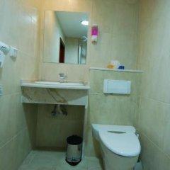 Отель Al Rashid Hotel Иордания, Вади-Муса - отзывы, цены и фото номеров - забронировать отель Al Rashid Hotel онлайн ванная
