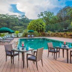 Отель Hunas Falls By Amaya Канди бассейн фото 3