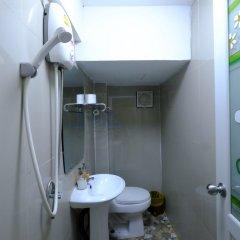 Отель Midsummer Night Hostel Таиланд, Бангкок - отзывы, цены и фото номеров - забронировать отель Midsummer Night Hostel онлайн ванная