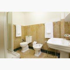 Отель Charles Bridge Palace Прага ванная