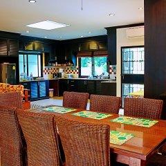 Отель Thai Family Rawai Pool Villa питание