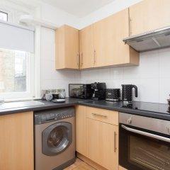 Апартаменты Basic Apartment for Two Amazing Location Лондон в номере