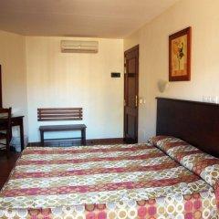 Отель Galicia Испания, Фуэнхирола - отзывы, цены и фото номеров - забронировать отель Galicia онлайн комната для гостей фото 4