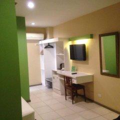 Отель Cebu R Hotel - Capitol Филиппины, Лапу-Лапу - отзывы, цены и фото номеров - забронировать отель Cebu R Hotel - Capitol онлайн удобства в номере фото 2