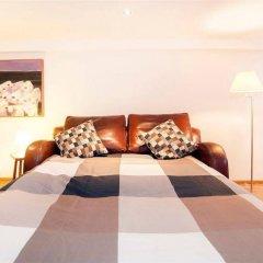 Отель Oak And Marble Residence комната для гостей