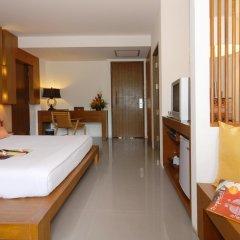 Отель Peach Blossom Resort Пхукет комната для гостей фото 5