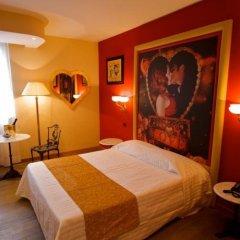 La Dolce Vita Hotel Motel Вилла-ди-Серио сейф в номере