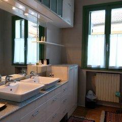 Отель Welc-oM Mulino di Pontemanco Дуэ-Карраре комната для гостей фото 2