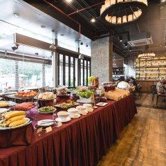 Отель Adelphi Suites Bangkok питание фото 2