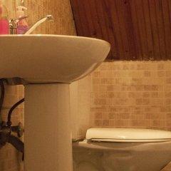 Eastwest Guesthouse Турция, Стамбул - 1 отзыв об отеле, цены и фото номеров - забронировать отель Eastwest Guesthouse онлайн ванная