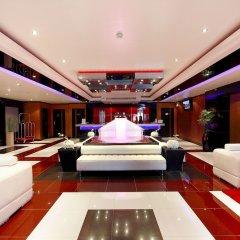 Отель Absolute Bangla Suites интерьер отеля фото 3