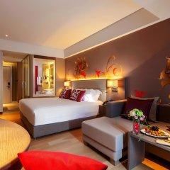 Отель Grand Mercure Phuket Patong 5* Улучшенный номер с различными типами кроватей фото 2