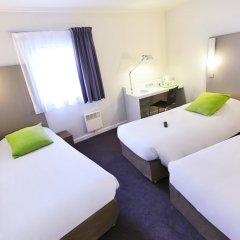 Отель Campanile Paris Est - Porte de Bagnolet Франция, Баньоле - 9 отзывов об отеле, цены и фото номеров - забронировать отель Campanile Paris Est - Porte de Bagnolet онлайн комната для гостей