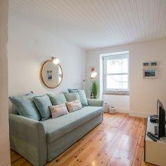 Апартаменты Rose Duplex Apartment 5D Лиссабон комната для гостей фото 4