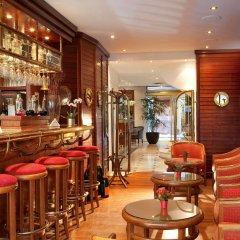 Отель La Perle Франция, Париж - отзывы, цены и фото номеров - забронировать отель La Perle онлайн гостиничный бар