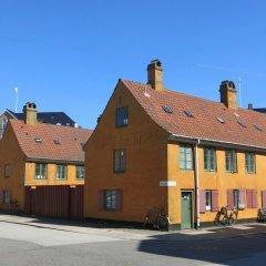 Отель Studio Close to the queen 1143-1 Дания, Копенгаген - отзывы, цены и фото номеров - забронировать отель Studio Close to the queen 1143-1 онлайн вид на фасад