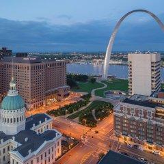 Отель Hyatt Regency St. Louis at The Arch