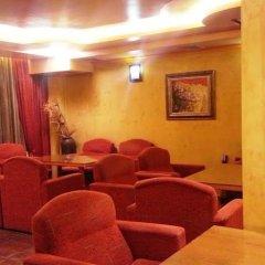 Отель Family Hotel Silvestar Болгария, Велико Тырново - отзывы, цены и фото номеров - забронировать отель Family Hotel Silvestar онлайн интерьер отеля